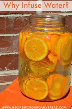 Orange Infused Water  - So Good for you! http://recipesforourdailybread.com/2014/05/09/great-ways-eat-more-fruits-vegetables/