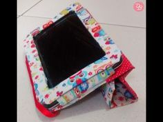 #JTD28 DIY Capa para tablet - YouTube Diy Cape, Tablet Cover, Tablet Stand, Craft Tutorials, Craft Projects, Sewing Projects, Capas Kindle, Diys, Tablets
