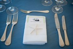 This couple had a logo made that they carried through all of their printed products, such a cute menu card!