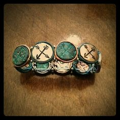 NEW! Stretch bracelet arrows boho hippie aged NWOT! Boho hippie arrow bracelet. Costume jewelry. Aged copper, silver and bluish green patina. Small silver beads in between each disk. Any questions, just ask! Jewelry Bracelets