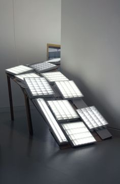 Résultats Google Recherche d'images correspondant à http://www.musees-strasbourg.org/sites_expos/hubard/img/visus/10%2520Pellas_rampe%2520lumineuse.jpg