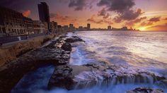 British Culture | Malecon, Havana, Cuba (© Robert Harding Picture Library/Superstock
