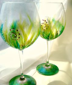 Hand Painted Wine Glasses - Christmas Wine Glass Set - Two 16oz Wine Glasses - Christmas Garland