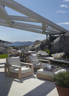 house in Sweden, project by Heiberg Cummings Design Outdoor Balcony, Outdoor Life, Outdoor Rooms, Outdoor Living, Outdoor Furniture Sets, Outdoor Decor, Porches, Beach Chic Decor, Gazebos