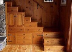 Love, love LOVE this!!!!  I could stash everything I own in those drawers.  I really think this is creative and gorgeous!