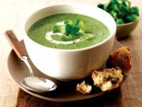 Recept Veldslasoep   Deze soep is een heerlijk voorafje. En heel gemakkelijk om te maken.   Als alles vers is en zonder al die gekke toevoegingen... Dat smaakt toch veel beter als uit blik of pakje!