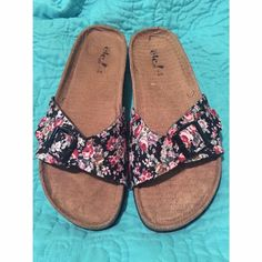 Floral Birkenstock lookalikes NWOT floral patterned Birkenstock lookalike sandals. Slip on. No sign of use only worn once. Adjustable straps. (Originally from Rue 21) sized as 8/9. Comes with free gift of your choice!  Birkenstock Shoes