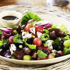biltongslaai, Blue cheese, grape and biltong salad Grape Salad, Kos, Biltong, Summer Salad Recipes, South African Recipes, Cooking Recipes, Healthy Recipes, Cafe Food, Blue Cheese
