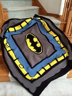 Crochet Batman Blanket Pattern Only This blanket is perfect for anyone who loves a great super hero. This Batman blanket/afghan would be a Crochet Pillow Pattern, Crochet Stitches, Knit Crochet, Crochet Patterns, Ravelry Crochet, Blanket Crochet, Crochet Afghans, Crotchet, Afghan Blanket