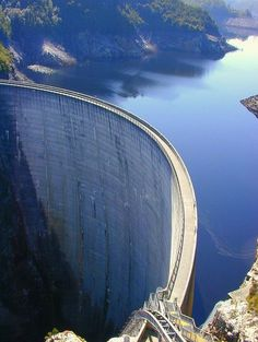 Hoover Dam seen from a helicopter. http://www.pinterest.com/pin/62487513554574837/