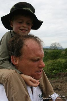 A rare precious moment hiking with a small group back from the Palo Santo forest at Finca Botanica, Young Living Farm in Ecuador. This is Josef Young being giving a lift by Aussie Young Living Giant Alan Simpson. - http://www.pinterest.com/tararayburn/amazon-adventure-photo-gallery/