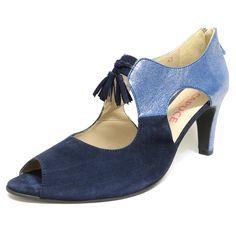 #sandales #chaussure  #chaussurefemme  #grandetaille  #grandepointure  #femme #mode #talon  #confort