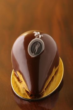 Vienne by Payard What a great photo of some of the best chocolates. #chocolate #sweet #yum