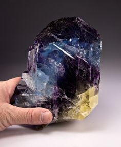 Fluorite from Annabel Lee mine, Harris Creek Sub-District, Illinois - Kentucky Fluorspar District, Hardin Co., Illinois, USA [db_pics/pics/1201276c.jpg]