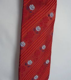 56efb0b9b662 Stunning Ermenegildo Zegna Vintage Tie in a Rusty Orange Red Silk Woven  with Diagonal Stripes and