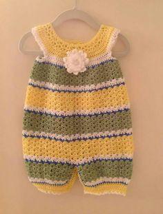 How To Crochet Newborn Baby Romper In Video Crochet Romper, Crochet Bebe, Baby Girl Crochet, Crochet Baby Clothes, Crochet For Boys, Crochet Shoes, Free Crochet, Knit Crochet, Baby Sweaters