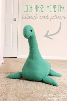 DiY Nessie | Super cute Loch Ness monster pattern and tutorial to make a big plushie!