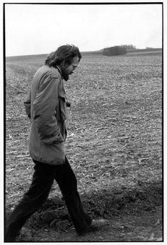 Henri Cartier-Bresson // FRANCE. 1972.  Ile de France. Josef KOUDELKA, photographe.