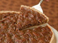 Maple Pecan Pie Recipe | http://aol.it/1x0vxEs