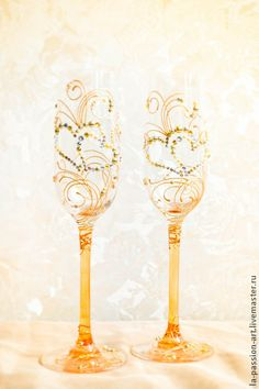 "Свадебные бокалы ""Два сердца"". Handmade."