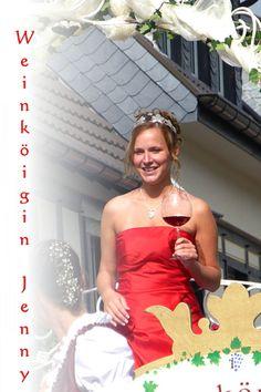 Die neue Ahrweinkönigin 2013/14 Jennifer Knieps, ein Porträt über sie auf http://weine.inbrd.de/content/ahrweink%C3%B6nigin-2013-2014-jennifer-knieps