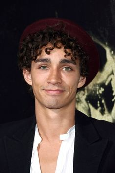 Actor Robert Sheehan attends the 'The Quiet Ones' Los Angeles premiere held at The Theatre At Ace Hotel on April 2014 in Los Angeles, California. Gym Motivation Women, Gym Motivation Quotes, Motivation Pictures, Diet Motivation, Robert Sheehan, Hot Actors, Actors & Actresses, Beautiful Boys, Beautiful People