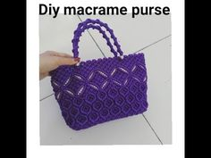 How to make macrame purse # design 12 Macrame Purse, Macrame Knots, Free Crochet Bag, Diy Crochet, Birthday Gifts For Teens, Teen Birthday, Wallet Tutorial, Handbag Patterns, Macrame Projects