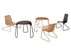 Painted steel wicker brown lozenges patterned structure. W. 53 / 20,8' D. 53 / 20,8' H. 86 / 33,8' Seat H. 45 / 17,7'