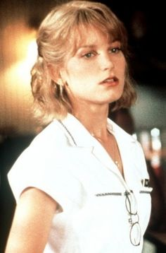 Yvonne Biasi (Bridget Fonda) - It Could Happen to Bridget Fonda, Jane Fonda, Bridget Moynahan, Phoebe Cates, Nostalgia, Great Films, Hot Actresses, Photography Women, Icons