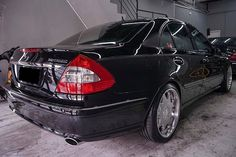 Mercedes benz Full detailing by detailing kingdom Coating by Gyeon one durability up to 1 year . Engine Detailing, Car Detailing, Ceramic Coating, Bogor, Germany Travel, Picture Photo, 1 Year, Travel Photos, Mercedes Benz