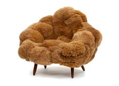 home deco ☫ fauteuil fausse fourrure fur armchair fall winter campana brothers friedman benda artisanal designboom Funky Furniture, Unique Furniture, Furniture Design, Salon Art, Chaise Vintage, Hybrid Design, Cafe Chairs, High Chairs, Lounge Chairs