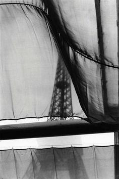 Paris, by Elliot Erwitt, 1968