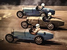 - 1926 Bugatti Type 35b - the thrill of driving in its pure essence