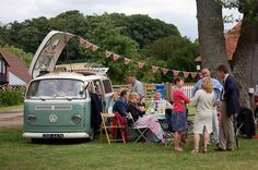 Nice VW Campervan with a very british picnic #kombilove