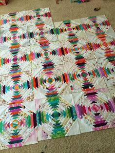 I have nearly finished my pineapple blocks, and Im really excited about this quilt.tutorial...