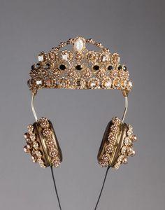 Dolce & gabbana napa leather rhinestone headphones with crown, headphones women Crown Headphones, Cute Headphones, Bling Bling, Tech Accessories, Fashion Accessories, Fashion Jewelry, Steampunk Fashion, Ladies Fashion, Gothic Fashion