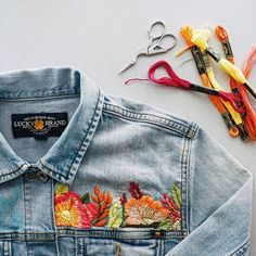 We love denim, but we love a cute embroidered jeans outfit more than anything. It's a unique way of wearing a common item. The great thing about embroidered jeans is . Embroidery Art, Embroidery Stitches, Embroidery Patterns, Denim Jacket Embroidery, Ribbon Embroidery, Knitting Stitches, Knitting Patterns, Crochet Patterns, Diy Your Clothes