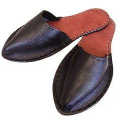Men's Leather Slippers Black by Alfred Stadler Leather Slippers For Men, Men's Leather, Tech Accessories, Loafers Men, Den, Men's Fashion, Footwear, Friends, My Style