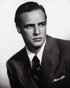 Marlon Brando wasn't all white T-shirts and leather jackets. He also knew his way around an expertly tailored suit.