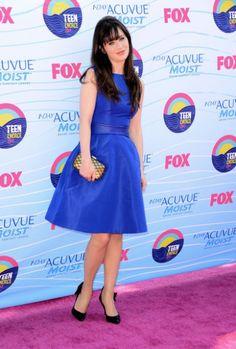 Zooey Deschanel's Blue dress at the Teen Choice Awards.  Outfit Details: http://wwzdw.com/z/2524/ #WWZDW