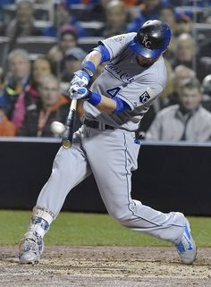 Kansas City Royals left fielder Alex Gordon hits an RBI single in the fifth inning during game four of the World Series on Saturday, October 31, 2015 at Citi Field in New York.
