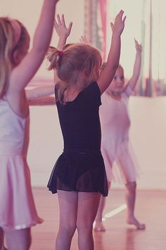 little ballerinas ^^