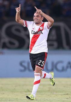 Gabriel Mercado #SuperMarket #River #GolesImportantes