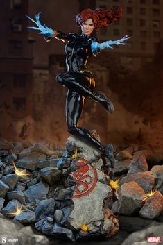 Black Widow Premium Format Figure | Sideshow Collectibles Hair Flow, Black Widow Marvel, Sideshow Collectibles, Statue, Captain America, Marvel Comics, Avengers, Batman, Superhero