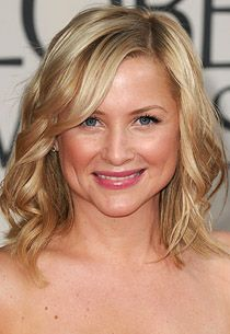 jessica capshaw (I want her blonde hair)