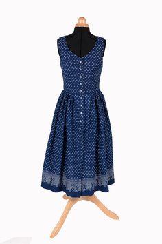 Dámské šaty z modrotisku - léto vítej