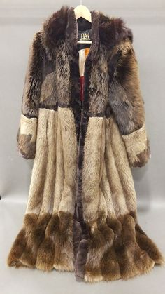 a0f3aa81f0d Elan Furs Full Length Hooded Fur Coat Sz 10 Title: Elan Furs Full Length  Hooded