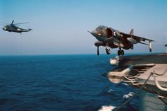 Harrier taking off during sea trials with HMS Ark. Royal Navy Aircraft Carriers, Experimental Aircraft, Flight Deck, Royal Air Force, Usmc, Military Aircraft, Fighter Jets, Aviation, Ark