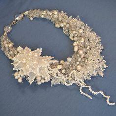 Da sposa bianco perla dichiarazione Wirework di BeadsGemsFlowers