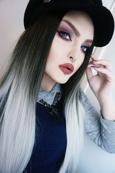 CLASSIC - Silver Ombre Dipdye Jet Black Top Long Fashion Wig Ombre Gothic Lush Wig - Worldwide Tracked Delivery